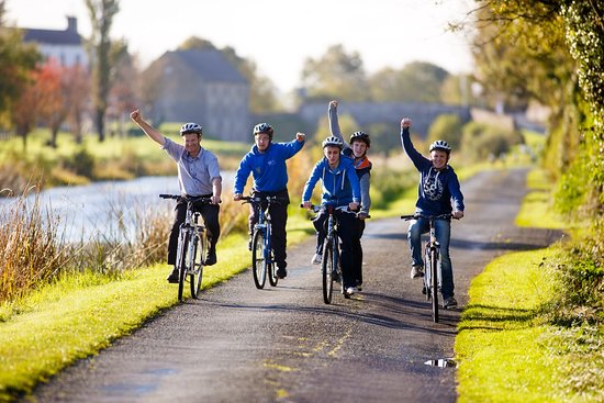 Daingean, Ireland: We provide cycle tours for all levels of ability