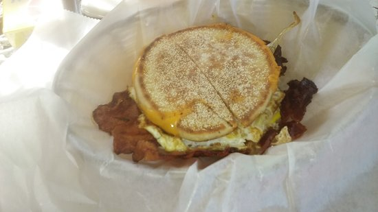 Mahopac, NY: Bacon egg & cheddar/ english muffen