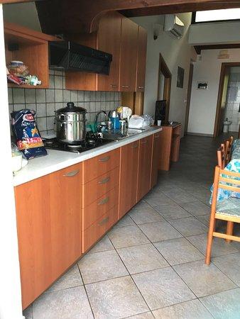 Cucina e sala da pranzo - Picture of Villa Anita Residence ...