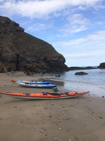Port Gaverne, UK: Quick stop at your own private beach