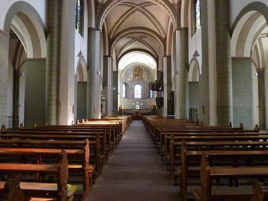 Im St. Patrokli Dom.