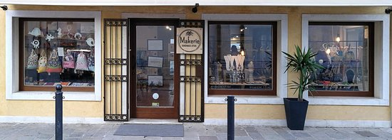 Makerie Handmade Store
