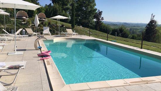Villa Fontana Relais Suite & Spa: La splendida piscina esterna