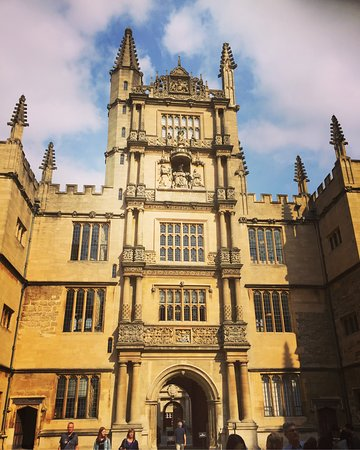 Bodleian Library: photo1.jpg