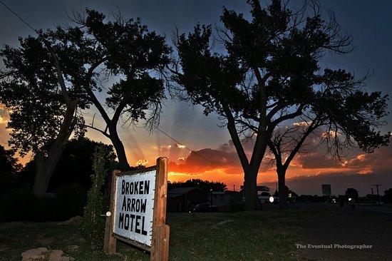 Springer, NM: Eerie Sunset Sign