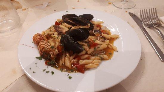 Palmoli, Italy: 20180830_224947_large.jpg