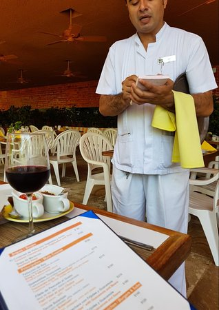 Las Brisas Ixtapa: 20180827_131905_large.jpg