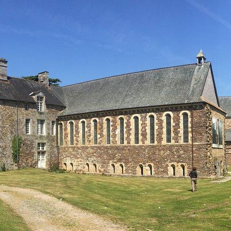 Abbaye de La Lucerne: photo4.jpg