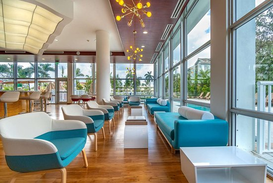 TRYP by Wyndham Maritime Fort Lauderdale Hotel