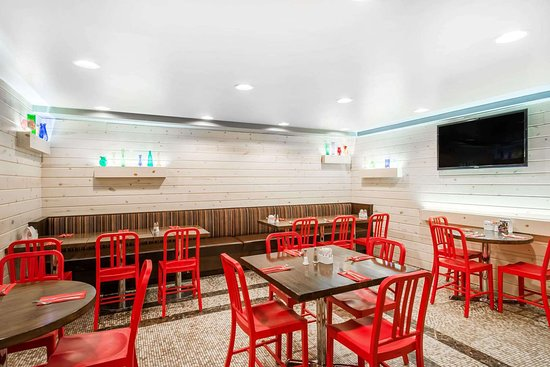 Tryp by Wyndham New York City Times Square South: Restaurant