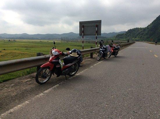 Dong Hoi, Vietnam: Thuê Xe Máy Quảng Bình
