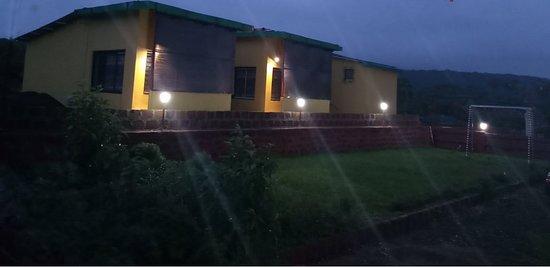 Amboli, الهند: Atharv Resort