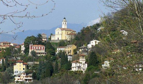 Pino Lago Maggiore, Italie: S. Quirico a Pino