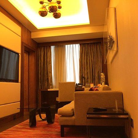 Clean , Cozy and Elegant room