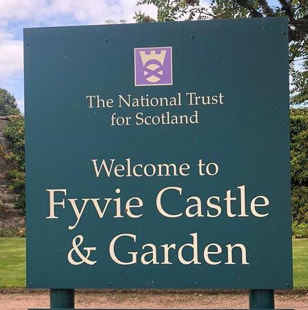 Fyvie Castle: Entrance Sign (Don't miss the gardens)