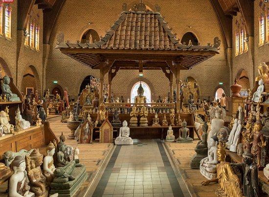 Antique Buddha Statues | Vianneykerk