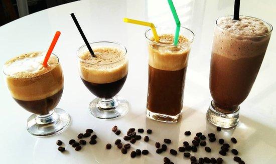 Tarare, فرنسا: Nos cafés froids à découvrir ! Frappé, Freddoccino, freddo espresso...