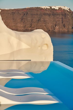 Canaves Oia Suites - Infinity Pool