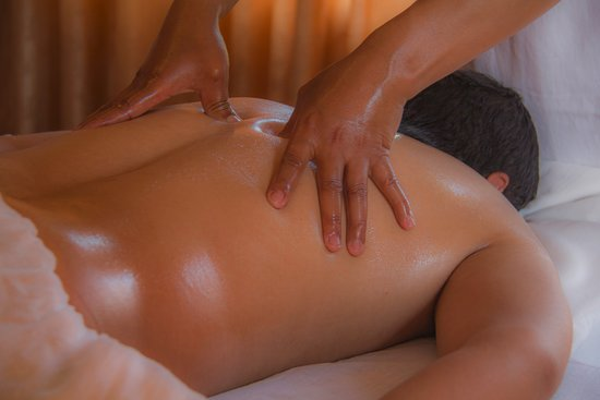 Patan (Lalitpur), Nepal: Whole Body Sodhana (Cleansing) Abhyanga-: detoxifying the body with whole body oil massage