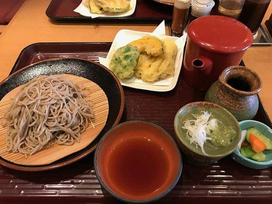 Michi-no-Eki Yaita: 内川そばと季節のてんぷら