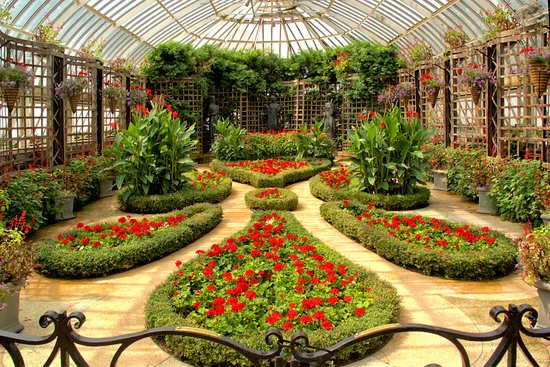 Phipps Conservatory and Botanical Gardens: One of the most formal rooms in the Phipps