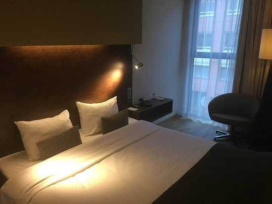 Letto Doppio.Letto Doppio Picture Of Dutch Design Hotel Artemis