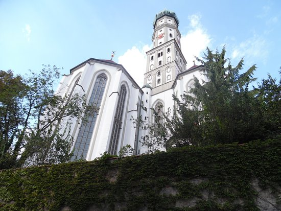 Cathedral of St. Maria (Dom St. Maria): Esterno