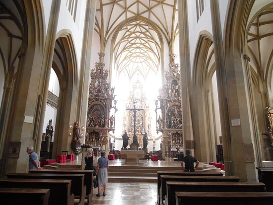 Cathedral of St. Maria (Dom St. Maria): Interno