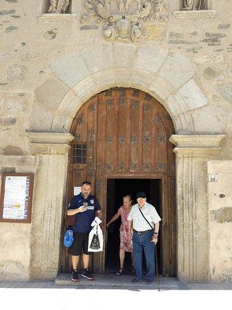 Basilica de Santa Teresa صورة فوتوغرافية