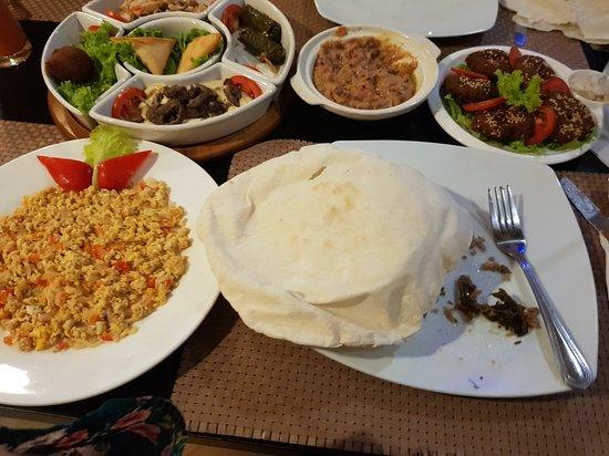 Arabesque Restaurant: ٢٠١٨٠٨٣١_٢٣٠٢٢٦_large.jpg