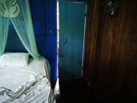 Playa Chiquita, Costa Rica: VERGUENZA, esto es lo que ofrecen como hotel de *** , no hay recepcion, no se hace check-in no p