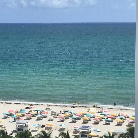 Cadillac Hotel Beach Club