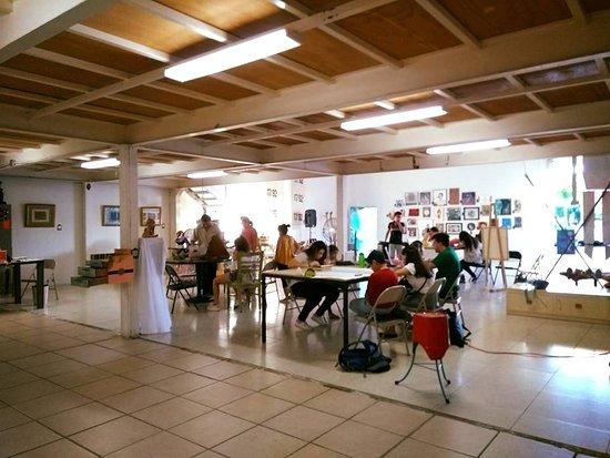 Villahermosa, Mexico: Planta baja de la galeria donde se imparten gran variedad de talleres artísticos