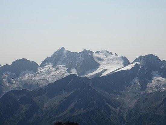 Sentiero degli Austriaci: Presanella vista dal Torione