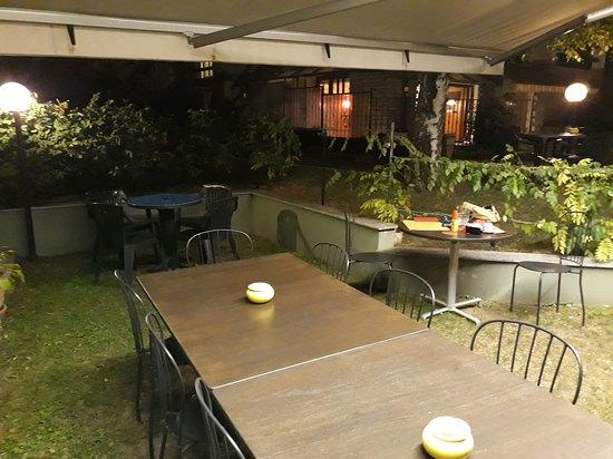Chianocco, Италия: tavoli fuori