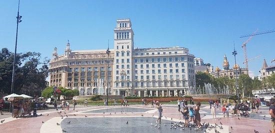Plaza de Cataluña: 20180821_152323_large.jpg