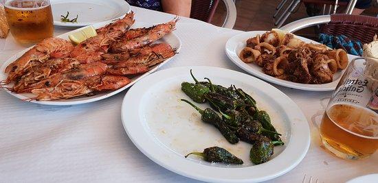 Sardineiro de Abaixo, Spania: Langostinos a la plancha y calamares