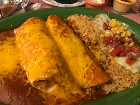 El Charro Mexican Dining: Traditional combination dinner