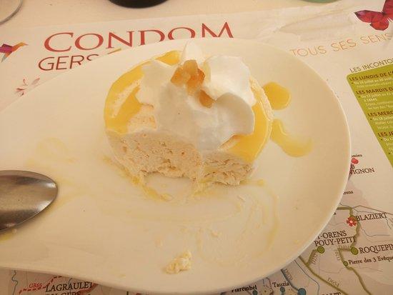 Caussens, France: le soufflé glacé au pousse rapière