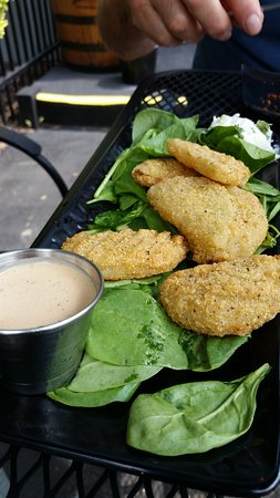 Garrettsville, OH: Fried Green Tomatoes