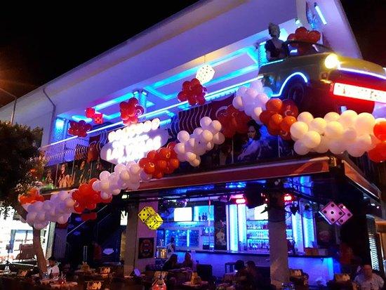 Las Vegas Cafe & Bar