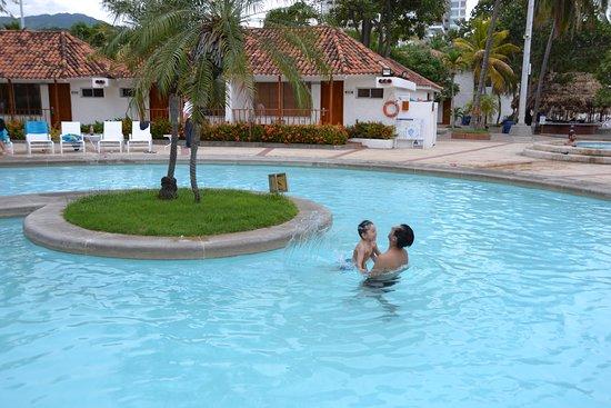 Una piscina pequeña pero acogedora