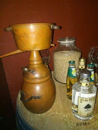 Cabezón de Liébana, España: Alquitara para destilar orujos