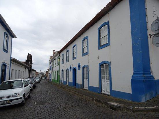 Praia da Vitoria Old City: Via