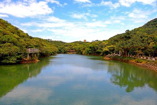 Lover's Lake Park