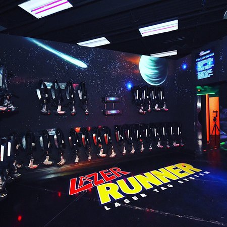 Aurora, Canada: Lazer runner facilities  Laser tag and Arcade games ; special Vest for kids 6 years to up and pr