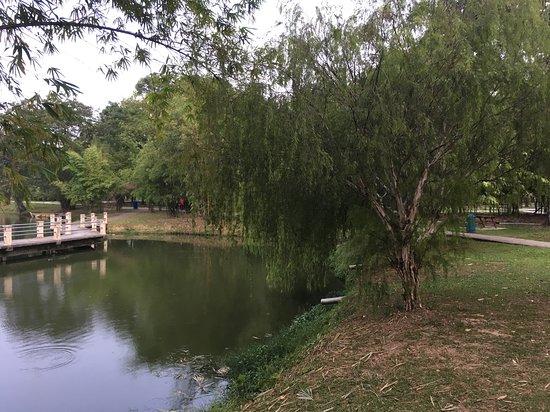 Tasik Taman Jaya