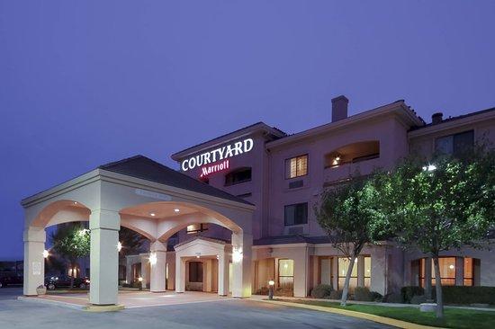 Nice Hotel Near Carmel Review Of Courtyard Salinas Monterey Ca Tripadvisor