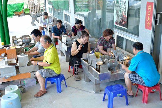 Ji'an, Hualien: 玉石DIY