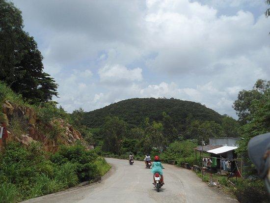 Nam Du Island, Vietnam: đường quanh đảo